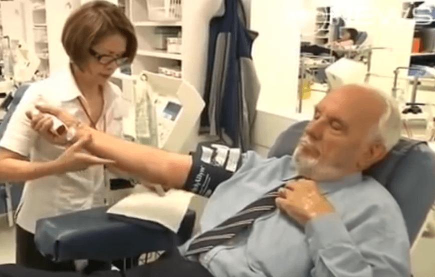 希少な血漿の持ち主が最後の献血、数百万人の命救った豪男性