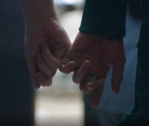 手から手へ汚染